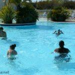 dans la piscine : Bérénice, Yves, Alexandre
