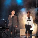 Jean-Luc et Adrienne, duo mythique dans «P. qu'c'est beau la poésie» (cf. le CD «Des mots, un piano»)