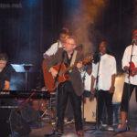 Fin de spectacle avec «Les Rêves d'Avenir» : Arthur, Alexandre, Jean-Luc, (Grace), Évidaly et Bénédicte