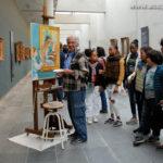 """Les """"Teenager"""" en admiration devant le travail d'un peintre..."""