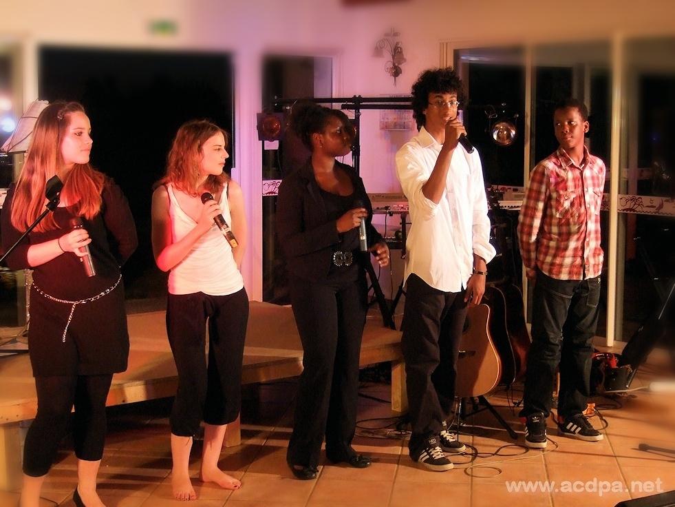 Tournée d'Été 2012 : les débuts de chanteur soliste d'Alexandre, à Jonzac, le 9 août